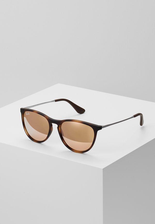 JUNIOR ERIKA - Okulary przeciwsłoneczne - brown