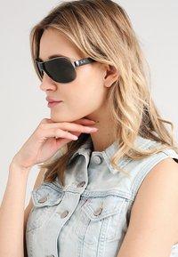 Ray-Ban - Sunglasses - silver/black/green - 1