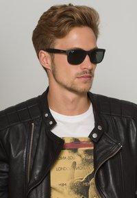Ray-Ban - ANDY  - Gafas de sol - schwarz - 1