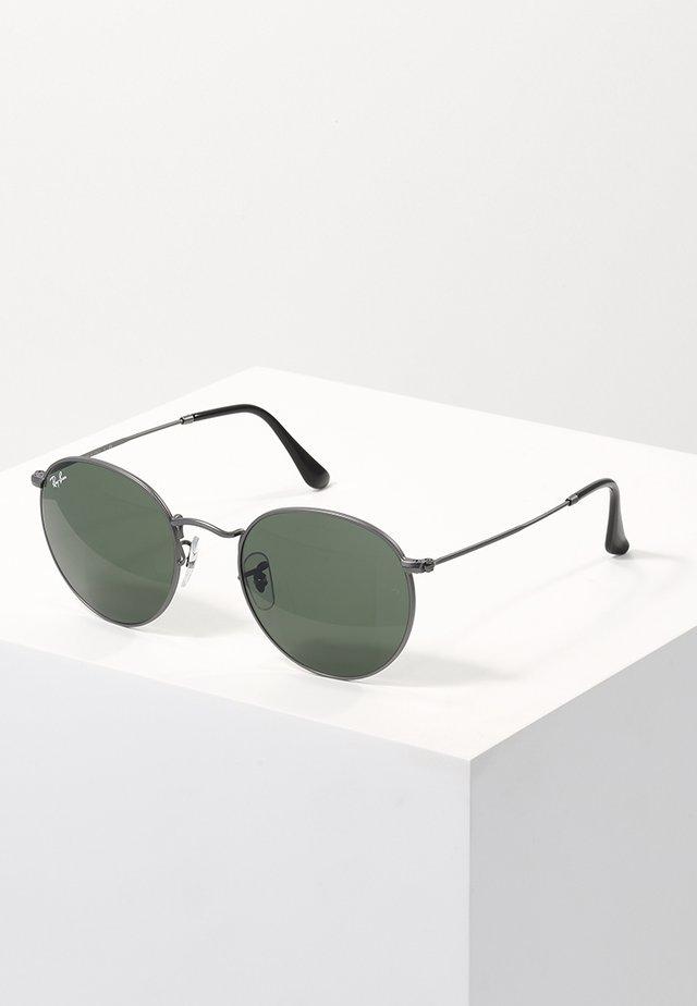 ROUND - Solglasögon - gunmetal/crystal green