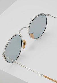 Ray-Ban - ROUND - Sunglasses - silver photo blue - 2