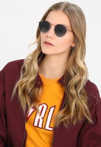 Ray-Ban - ROUND - Solglasögon - blue gradient brown - 4