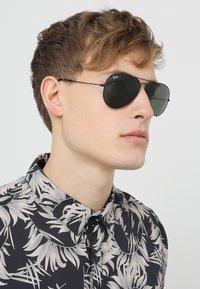 Ray-Ban - AVIATOR - Okulary przeciwsłoneczne - schwarz - 1