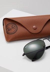 Ray-Ban - AVIATOR - Okulary przeciwsłoneczne - schwarz - 3