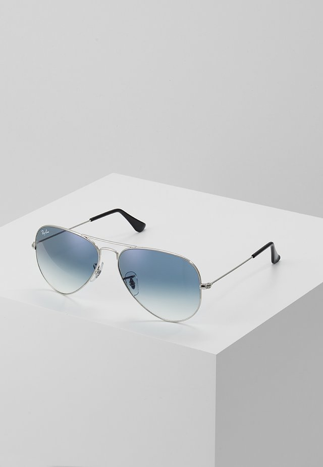 AVIATOR - Lunettes de soleil - silver-coloured/gradient light blue