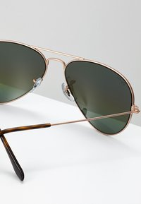 Ray-Ban - AVIATOR - Sunglasses - bronze/copper light grey rainbow - 2