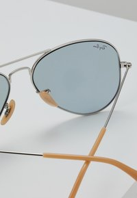 Ray-Ban - AVIATOR - Solbriller - photo blue - 2