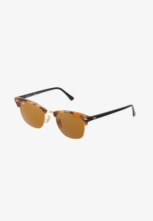 CLUBMASTER - Aurinkolasit - brown