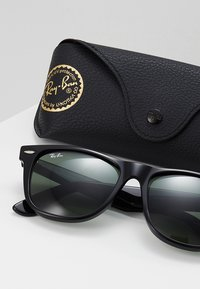 Ray-Ban - ORIGINAL WAYFARER - Sunglasses - black - 2