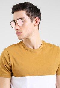 Ray-Ban - Gafas de sol - gold - 0
