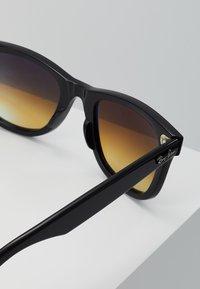 Ray-Ban - WAYFARER - Occhiali da sole - black - 2