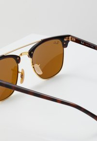 Ray-Ban - CLUBMASTER DOUBLEBRIDGE - Solbriller - brown - 2