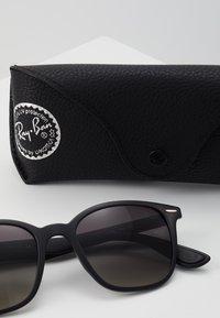 Ray-Ban - Okulary przeciwsłoneczne - black - 3