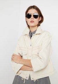 Ray-Ban - Sunglasses - demi gloss gold-coloured - 3