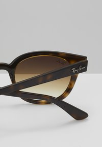 Ray-Ban - Sunglasses - brown - 5