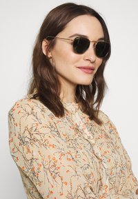 Ray-Ban - Sunglasses - gold-coloured/black - 3
