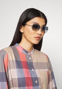 Ray-Ban - Sunglasses - silver-coloured/blue - 1