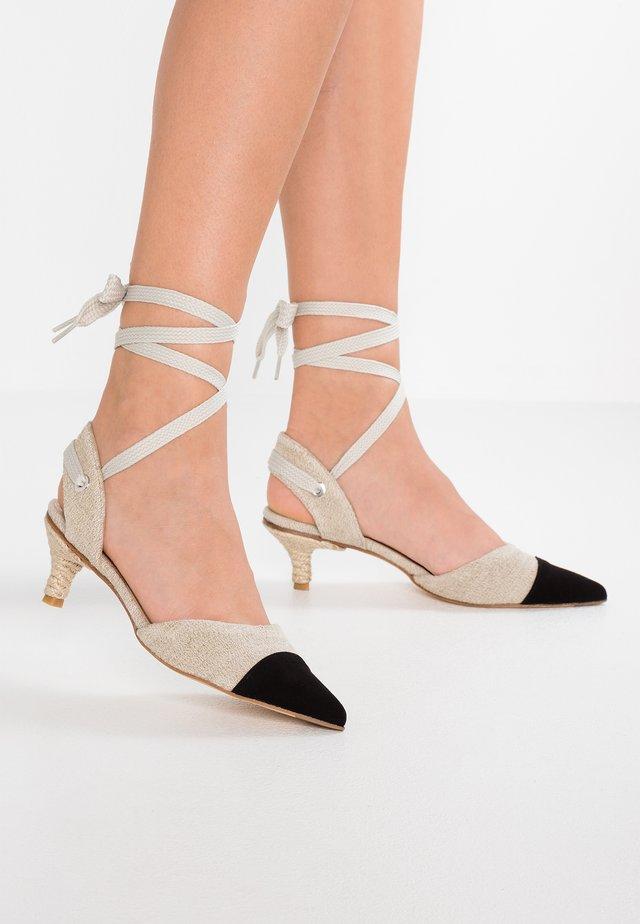 POMELO - Lace-up heels - ecru