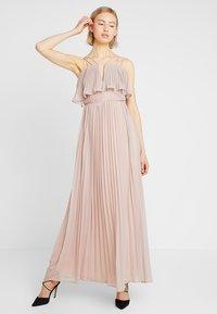 Rare London - RING BACK DETAIL PLEATED DRESS - Suknia balowa - dusky pink - 1