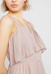 Rare London - RING BACK DETAIL PLEATED DRESS - Suknia balowa - dusky pink - 5