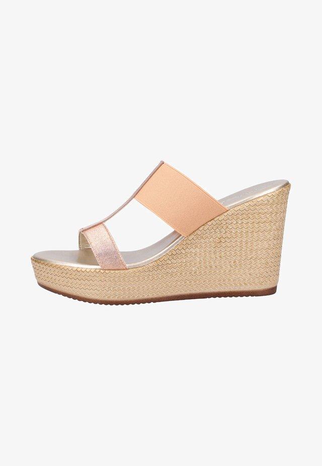 Sandales compensées - silver
