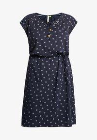 Ragwear Plus - EXCLUSIVE TETUAN DITSY PRINT TIE DETAIL T-SHIRT DRESS - Jerseykjole - navy - 4