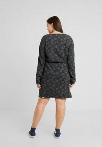 Ragwear Plus - PELIADA ORGANIC DRESS - Kjole - black - 2