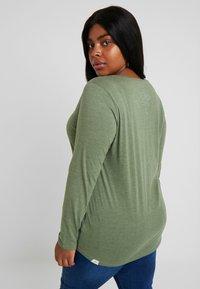 Ragwear Plus - LYVUSHA ORGANIC LONG SLEEVE TEE - Topper langermet - green - 2