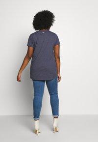 Ragwear Plus - ORGANIC PLUS - T-shirts med print - navy - 2