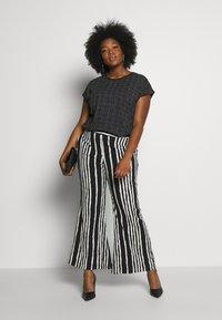 Ragwear Plus - DIONE - T-shirt imprimé - black - 1