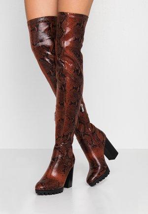 VERONA - Laarzen met hoge hak - burgundy