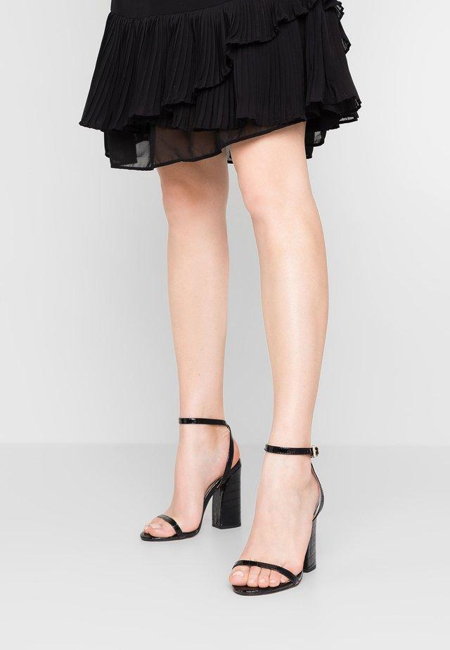 PLUTO - High Heel Sandalette - black