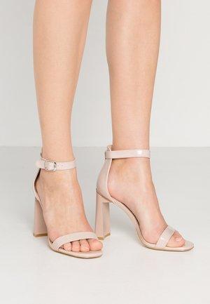 CATELINA - Sandaler med høye hæler - nude