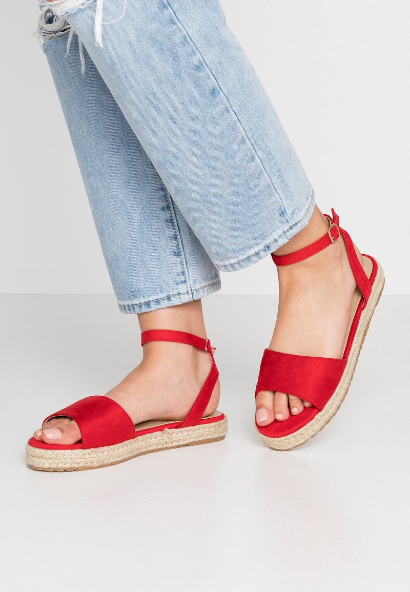 RAID - NORA - Plateausandalette - red