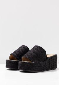 RAID - MELODY - Pantofle na podpatku - black - 4