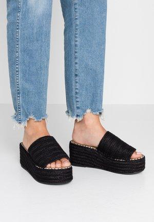 MELODY - Pantofle na podpatku - black