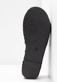 RAID - MELODY - Pantofle na podpatku - black - 6
