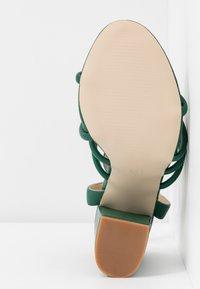 RAID - MARY - Sandály na vysokém podpatku - green - 6