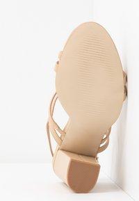 RAID - BAILEY - Sandály na vysokém podpatku - nude - 6