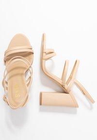 RAID - BAILEY - Sandály na vysokém podpatku - nude - 3
