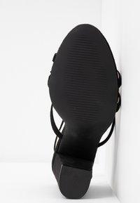 RAID - KYLIE - Sandály na vysokém podpatku - black - 6