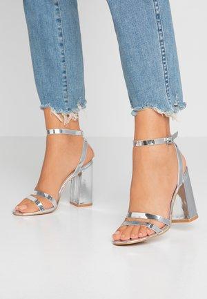 MEILANI - Sandaler med høye hæler - silver metallic
