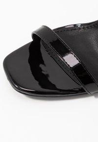 RAID - EMILEE - Sandály na vysokém podpatku - black - 2