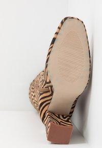 RAID - JOELLE - Stivali con i tacchi - tan - 6