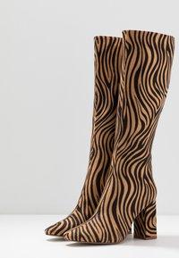 RAID - JOELLE - Stivali con i tacchi - tan - 3