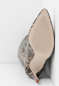 RAID - LAURITA - Boots med høye hæler - beige - 6