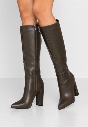 High heeled boots - khaki