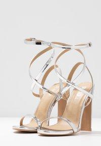 RAID - OPRAH - Sandaler med høye hæler - silver metallic - 4
