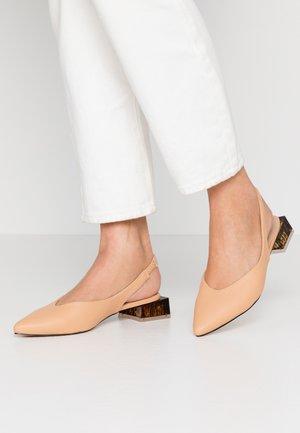 KIMBERLEY - Classic heels - nude
