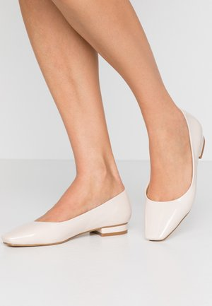 TRACY - Ballet pumps - offwhite